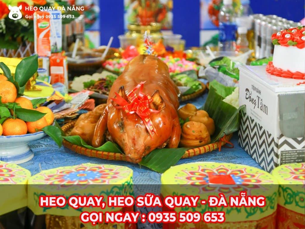 Heo quay(lợn quay) đúng hương vị truyền thống tại Đà Nẵng